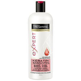 TRESemmé Keratin Smooth Keratin Smoothing Conditioner - 739ml